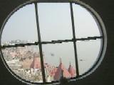 ヴァラナシの窓