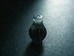 水晶のボトル
